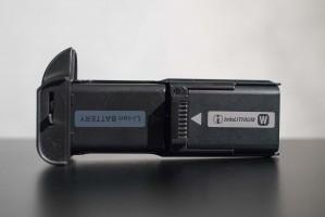 meike-battery-grip-batteries-installed