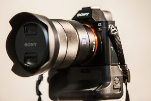 Meike Battery Grip for Sony A7 Series