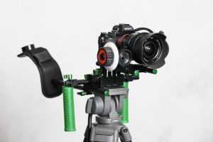 Imorden IR-02 mounted on tripod with follow focus.